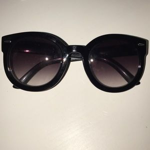 RESTOCKED: Urban Outfitters Sunglasses